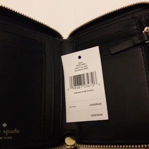 kate spade Bags - 🎈🎈SALE🎈Kate Spade embroidered Laurel wallet